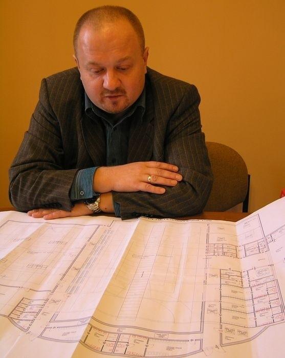 - Pierwszy projekt zakładał remont hali za nawet 25 mln zł. Nie udało się zdobyć tych środków, więc musieliśmy ograniczyć ilość miejsc na trybunach - mówi dyrektor G. Königsberg.