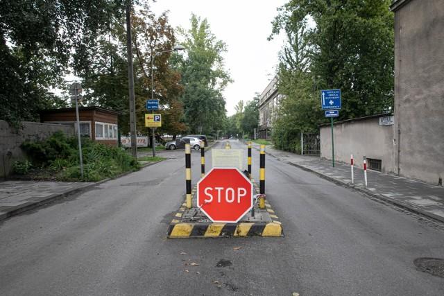 Ten parking w centrum Krakowa ma kilkaset miejsce