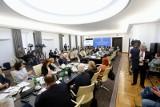 Wybory prezydenckie. 28 czerwca coraz bardziej realnym terminem. Senat przyspiesza prace nad ustawą