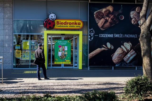 Sprawdź, czy należy ci się zwrot pieniędzy za zakupy w Biedronce.