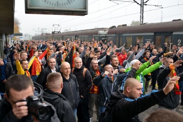 Na mecz Korony w Zabrzu wybrało się około 700 fanów żółto-czerwonych. To rekordowa wyjazdowa frekwencja w tym sezonie.