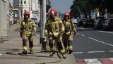 """Akcja straży pożarnej przy Zwycięstwa w Koszalinie. Dym na poddaszu """"Przemysłówki"""" [ZDJĘCIA]"""