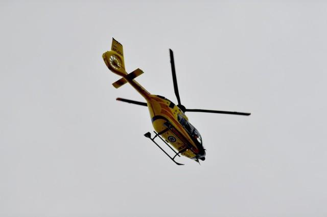 Do wypadku doszło na drodze S5 w okolicy Leszna. Na miejscu lądował śmigłowiec LPR.