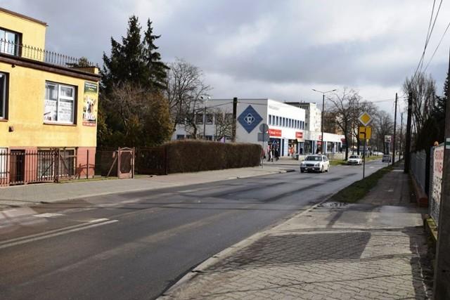 Dziś wjazd z ulicy Marulewskiej na skrzyżowanie z ulicą Szymborską i ulicą Andrzeja jest utrudniony, szczególnie przy dużym natężeniu ruchu.