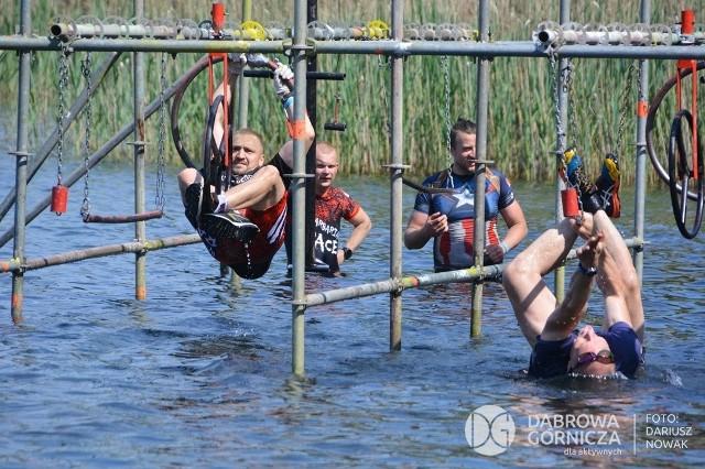Barbarian Race 2021 w Dąbrowie Górniczej Zobacz kolejne zdjęcia/plansze. Przesuwaj zdjęcia w prawo - naciśnij strzałkę lub przycisk NASTĘPNE