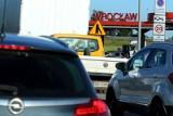 Duże korki na południe od Wrocławia. Kłopoty z przejazdem