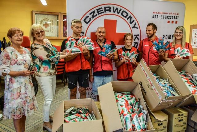 1500 wyprawek w regionie, w tym 500 dla małych bydgoszczan, chce wydać Polski Czerwony Krzyż na nowy rok szkolny 2021/2022