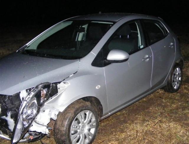 Dwa rozbite samochody i jedna osoba ranna to bilans zdarzenia drogowego do którego doszło na trasie Wysokie Mazowieckie - Białystok