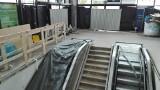 A jednak cud! Na dworcu w Katowicach PKP montuje nowe ruchome schody. Zobaczcie zdjęcia