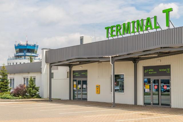 Tymczasowy terminal T w Pyrzowicach powstał w lipcu 2020.Zobacz kolejne zdjęcia. Przesuwaj zdjęcia w prawo - naciśnij strzałkę lub przycisk NASTĘPNE