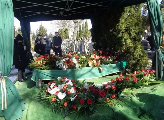 Tak wyglądała ostatnia droga Leona Zgrzeby na cmentarzu parafialnym w Żabikowie