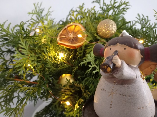 Gotowe życzenia świąteczne to dobre rozwiązanie, gdy brakuje nam czasu na ułożenie własnych.