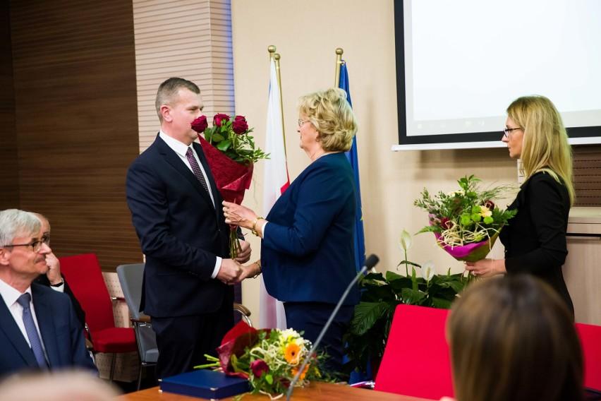 Łapy: Oto nowa rada miasta. Ślubował też burmistrz Krzysztof Gołaszewski (zdjęcia)