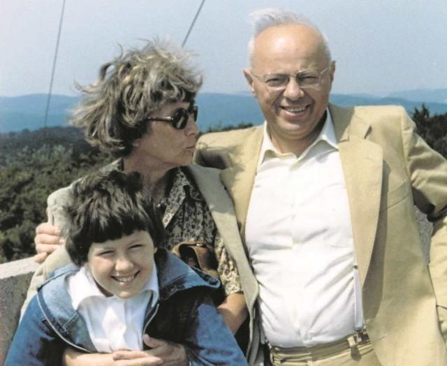 Rodzinne wakacje. Stanisław Lem z żoną Barbarą i synem Tomkiem