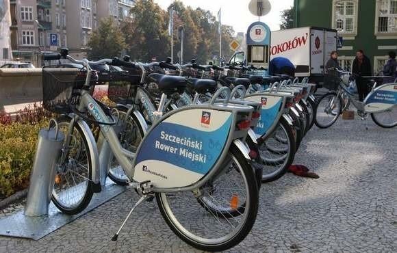 W ubiegłym roku w ramach budżetu obywatelskiego wygrał rower miejski (2728 głosów) oraz modernizacja Stawu Brodowskiego (2193). Rok temu na wszystkie projekty oddano 69 tysięcy głosów.