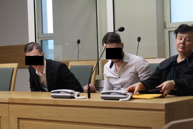 Oskarżeni w  sądzie