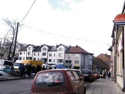 Pod lupą policjantów i strażników jest m.in. rejon placu targowego przy ul. Wesołej Fot. Magdalena Uchto