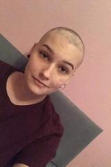 """Klaudia walczy ze złośliwym nowotworem. Można pomóc! W sieci trwa zbiórka pieniędzy. """"Nie poddam się"""""""