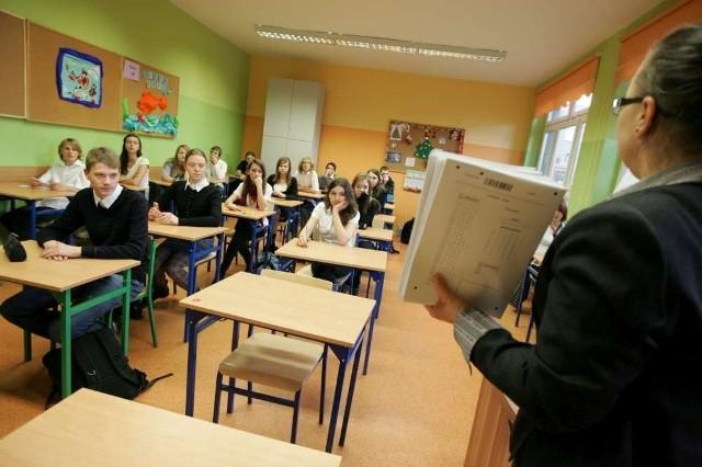 Prawie 16 tysięcy pracowników wielkopolskich szkół jest gotowych przeciwstawić się proponowanym zmianom w oświacie