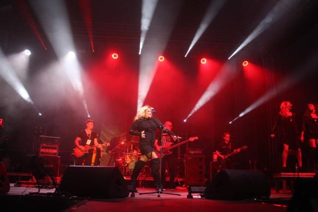 Dni Sosnowca: W sobotę występy rozpoczęły się o godz. 18.10 od koncertu Patryka Kumora. O godz. 19.30 na scenie pojawiła się Natalia Szroeder, a o godz. 20.45 zespół Bajm.
