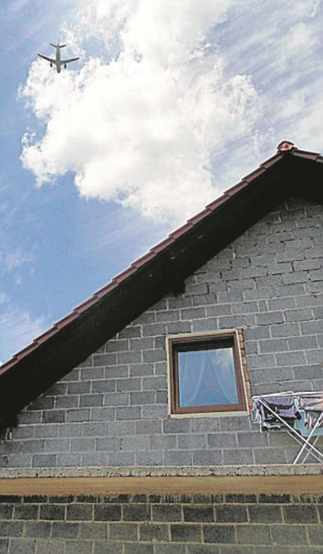 Dach domu rodziny Felusiów został uszkodzony drugi raz