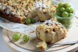 Przepisy na ciasta. Ciasto kruche z kremem budyniowym, agrestem i migdałową kruszonką [PRZEPIS] 30.07.20