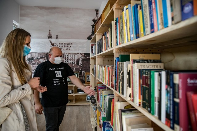 W krakowskiej Lamusowni drugie życie znalazły przedmioty z dawnej przeszłości i tej niezbyt odległej