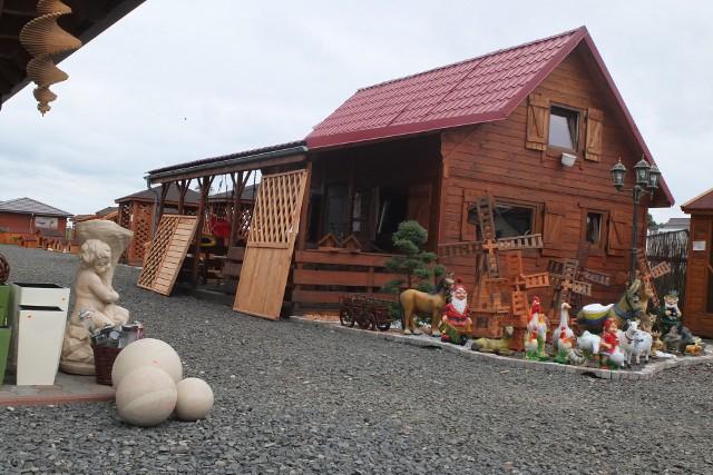 mała architektura ogrodowaTego typu domki pojawiają się najczęściej na działkach.