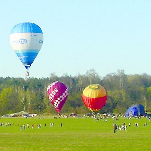 Szacuje się, że w Polsce jest ok. 130 balonów. Na zdjęciu - start w Grudziądzu.