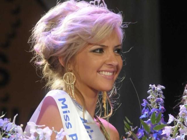 Miss Polonia Opolszczyzny 2009 - final wyborów. Na zdjecia Dominika Kucharczyk, która zdobyla ten tytul