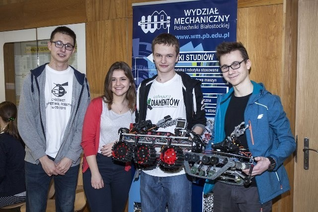 TankGim, Jamnik i Florek to roboty, które zajęły całe podium w konkursie EL-ROBO-MECH.
