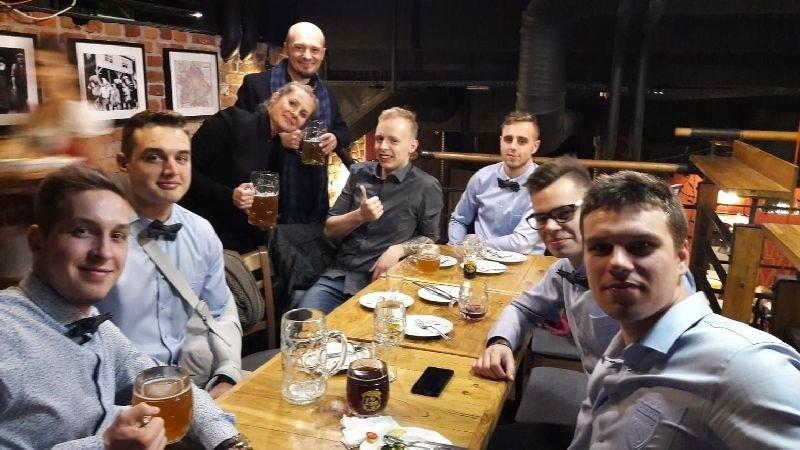 Rugby. Liderzy z Łodzi w nowych koszulach i muchach [ZDJĘCIA]