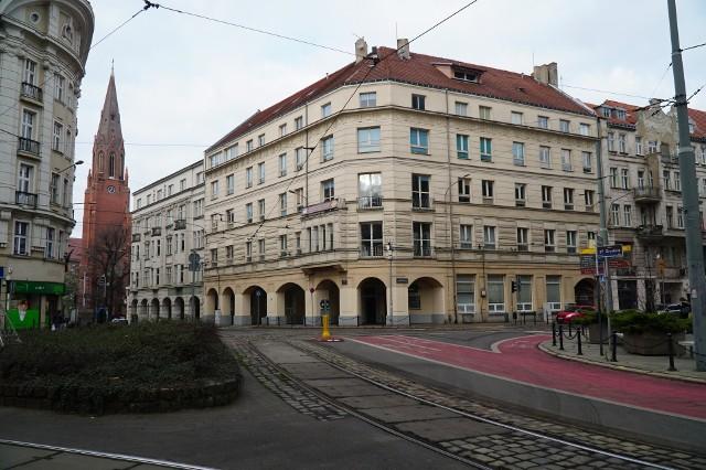 Poznań nie jest zainteresowany kupnem budynku przy ulicy Fredry, w którym mieści się Zespół Szkół Komunikacji