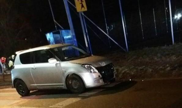 Pijany policjant z Rybnika uderzył w barierki. Miał 3 promile alkoholu!