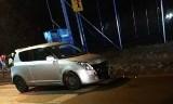 Pijany policjant z Rybnika wjechał autem w barierki. Miał 3 promile alkoholu ZDJĘCIA