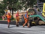 Lublin: Od poniedziałku będziemy jeździć po nowym asfalcie. Jak przebiegają prace? Zobaczcie