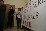 Jakub T. z Poznania jest już na wolności. Skończył odsiadywanie kary za gwałt w angielskim Exeter