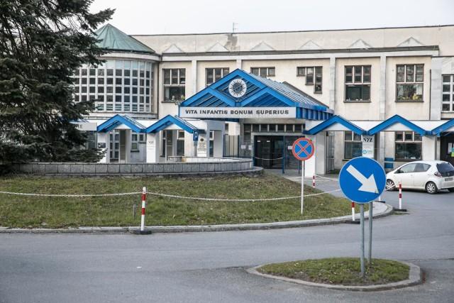 Jedna z sióstr wciąż pozostaje w Uniwersyteckim Szpitalu Dziecięcym w Prokocimu
