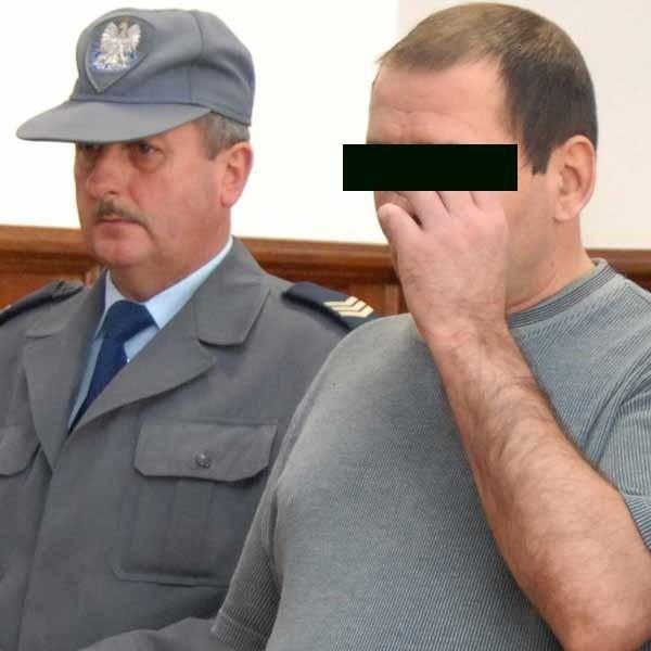 """""""Chciałem porozmawiać i pokochać się"""" - wyjaśnił przed sądem powody zbrodni Andrzej K."""