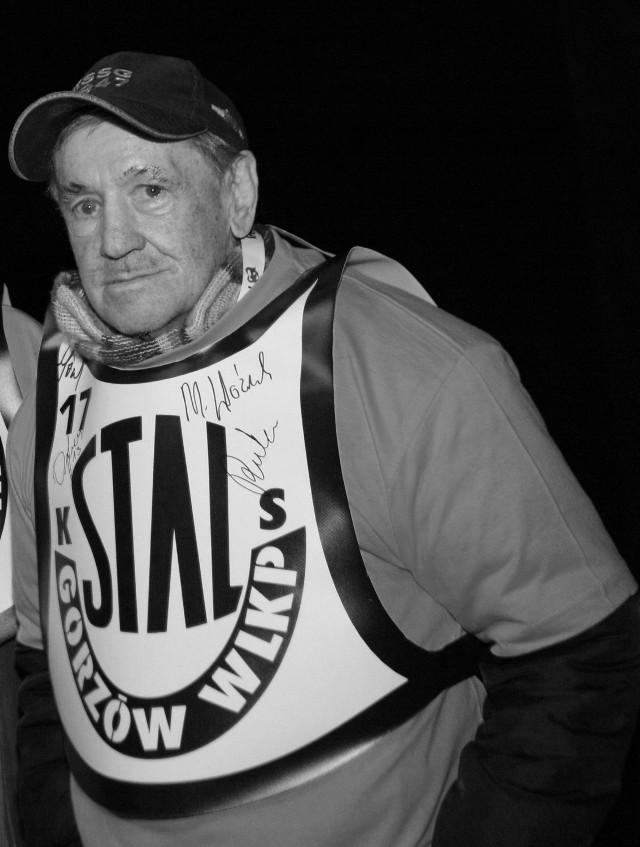 Jerzy Padewski to legendarny żużlowiec Stali Gorzów, z którą zdobył cztery złote medale DMP