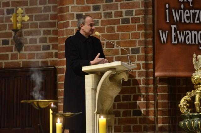 Podczas sobotniej prezentacji Verba Sacra czytano teksty na temat sakramentu Bierzmowania