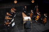 """Bydgoska Scena Barokowa 2021. Bach zabrzmiał w Kinie """"Pomorzanin"""" [zdjęcia]"""