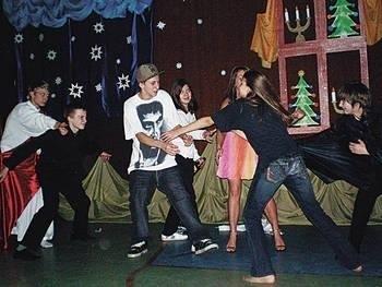 Taniec wyrażał walkę dobra ze złem