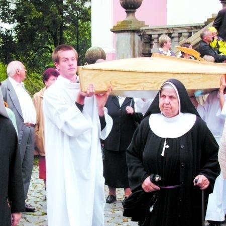Kościołowi zależy na tym, aby były klasztor był odwiedzany przez turystów. Temu służyć ma m.in. pomysł kajakowego szlaku papieskiego, którego inauguracja miała miejsce latem tego roku.