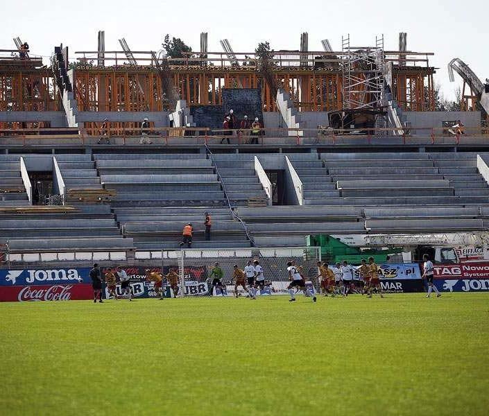 Stadion miejski w Białymstoku jest ciagle w budowie