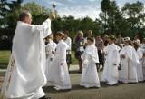 Komunia święta w Archidiecezji Katowickiej: Maj bez grupowych uroczystości. Jak będzie się odbywał sakrament?