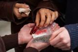 Po zmianach w prawie służby zwierają szyki w walce z dopalaczami