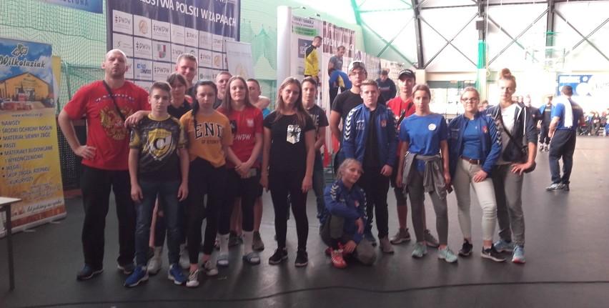 Dobrze spisali się zapaśnicy z województwa świętokrzyskiego na międzynarodowym turnieju w Kraśniku.