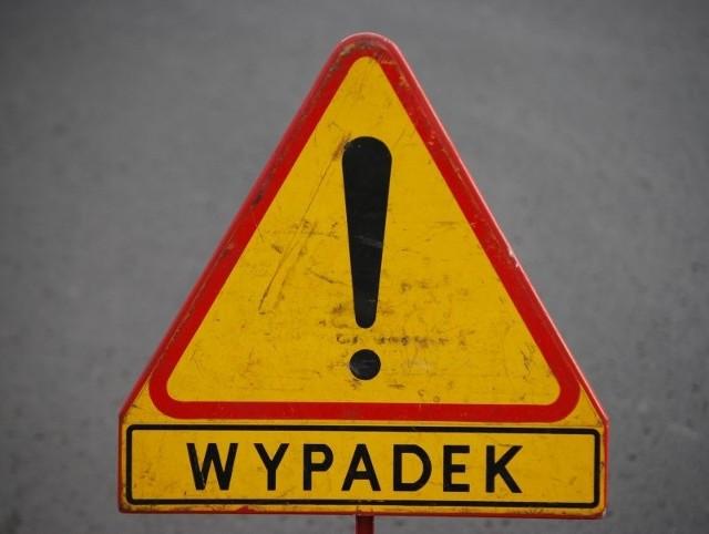 Na drogach panują coraz trudniejsze warunki. Uważajmy aby nie doszło do wypadku!