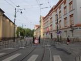 ŚDM w Krakowie. Policja zamyka kolejne ulice przed przyjazdem papieża